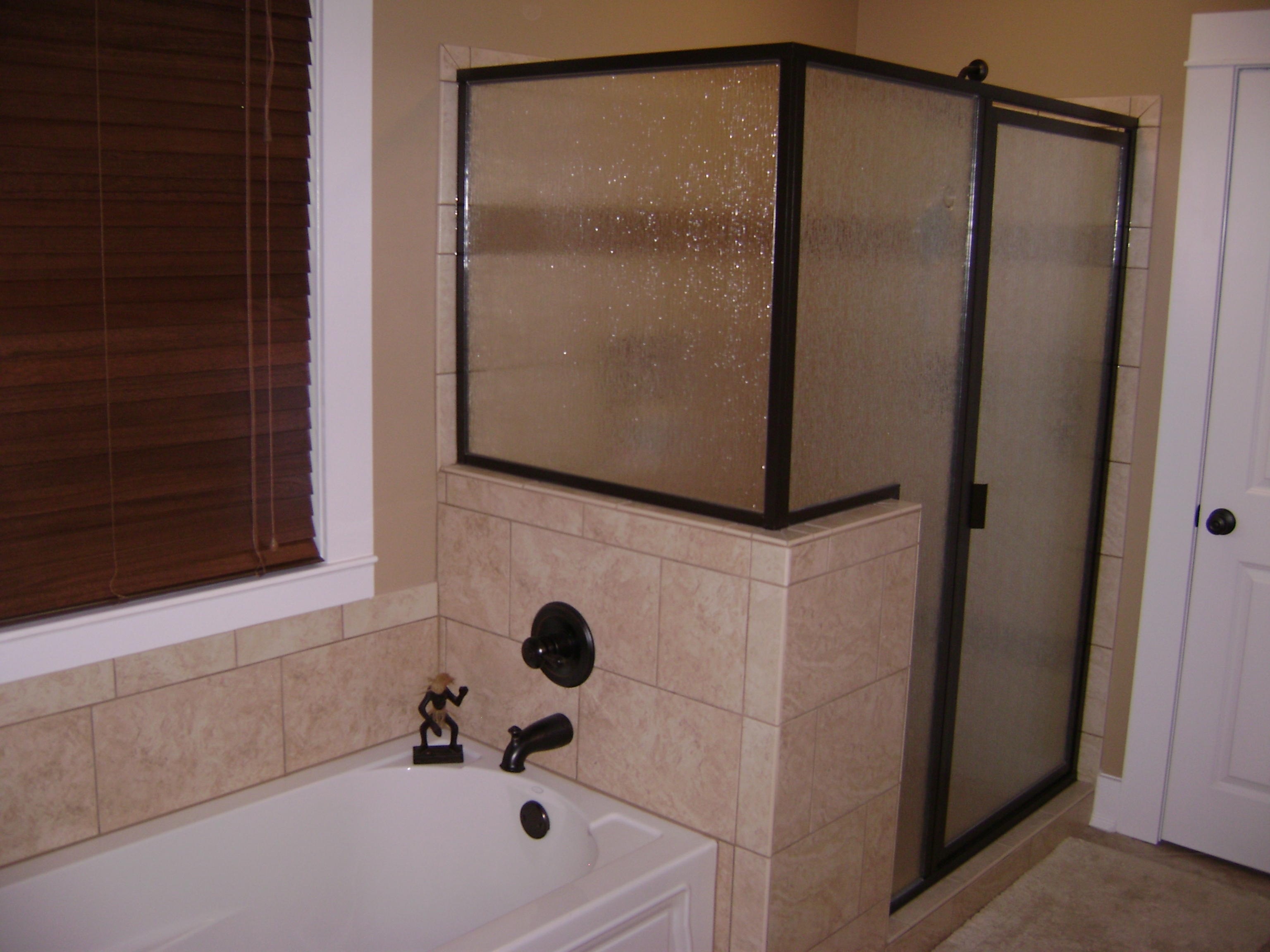 Bath with walk in shower and tub – Goodson Renovations
